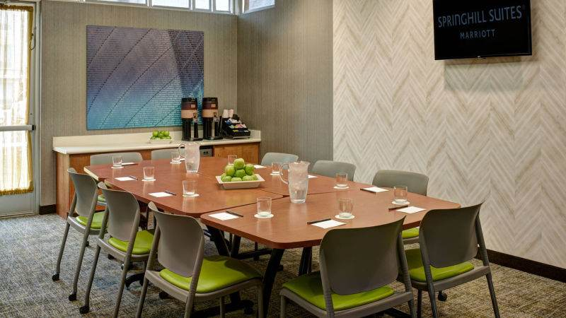 Spring Hill Suites | Meeting Room